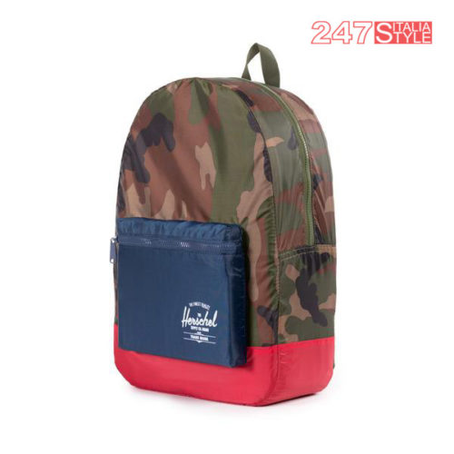Packable Daypack Woodland Camo-Navy-Red Prezzo 35 Quantita 3 Pezzi